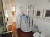 Zona doccia d Appartamento Minimal Chic