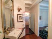 Zona lavabo di Appartamento Minimal Chic