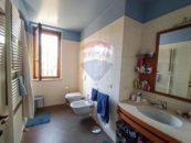 Primo bagno Villa con Piscina
