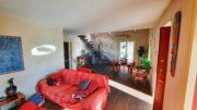 Zona divano Villa con Piscina